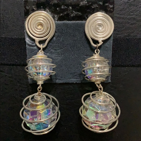 Jewelry - Vintage 80's Clip-on Earrings